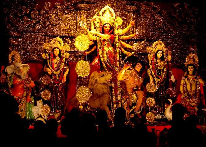 इस नवरात्रि माँ के सभी रूपों को ऐसे करें प्रसन्न, सभी मनोकामनाएँ होंगी पूरी